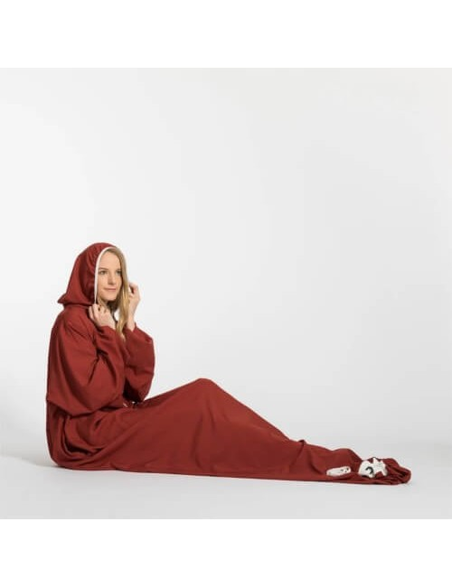 Bergstop inside the sleeping bag and dressing gown in one of Microliner - Dark Red