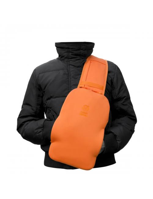 Snugbud Classic – Weste-Rucksack-mit Hitze-Kanne – Orange und Blau